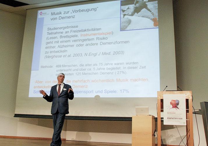 Prof. Dr. Eckart Altenmüller beim Kortizes Symposium